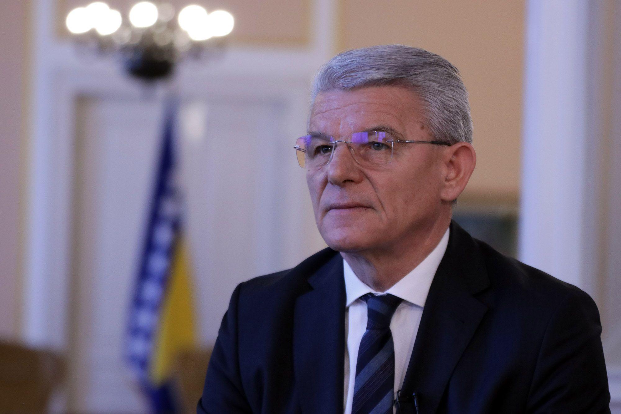 Džaferović: Počeli smo rješavati migrantsku krizu