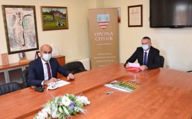 Načelnik Radišić i direktor Pravdić razgovarali o cestovnoj infrastrukturi